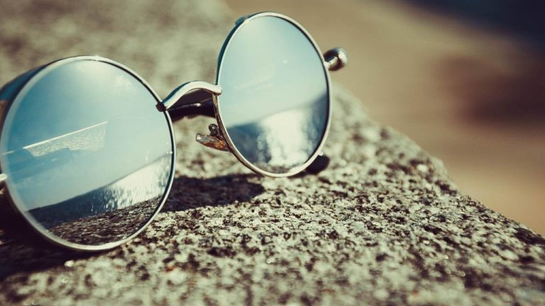 Best Teashade Sunglasses (John Lennon Glasses)